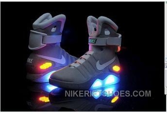 12723d993a Nike Air Mag Back To The Future Limited Edition Shoes Discount JdXTm
