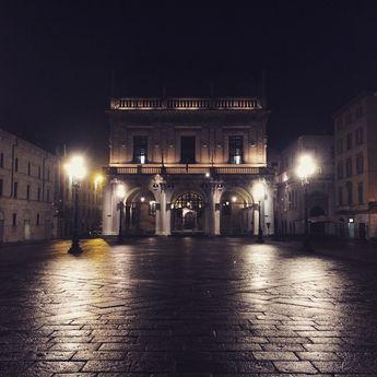 Piazza Loggia Brescia #earlybrescia