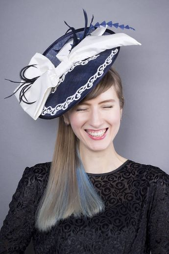 67bd4c3b15048 Elegant Veiled derby hat, Navy white fa