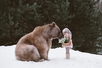 Russian Photographer Creates Magical Fairytale Photos Using Real Wild Animals (19 Photos)