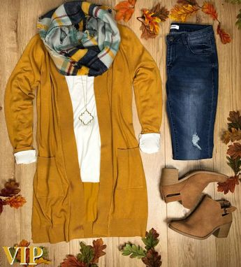 Love this entire look, colors, sho as, sweater, scarf!