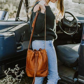 Madison Leather Bucket Bag | Dark Hazelnut