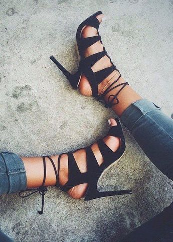 As you may have seen, lace up heels are all over instagram. On any fashion page, you'll see them and why? They're sexy and can dress up many different outfits.