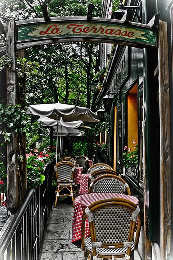 Paris Cafe by Robert Wise