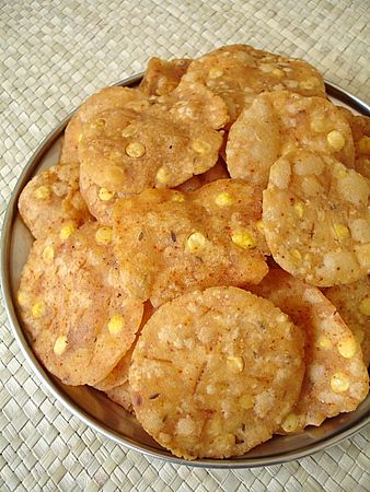 Andhra Snack – Pappu Chekkalu (Rice Crackers)