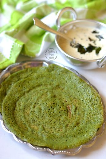 Step-wise picture recipe to make extremely healthy Murungai Keerai dosai, made with super food Moringa Leaves. This bright colored moringa dosa is a perfect tasty and yet healthy breakfast recipe!