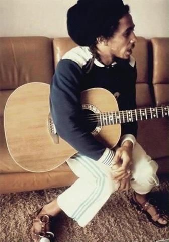 〉〉Robert Nesta Marley