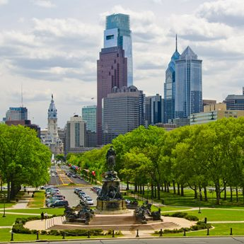 Often compared to the Champs Elysées in Paris, the Benjamin Franklin Parkway stretches from Logan Circle to the Philadelphia Museum of Art and boasts many cultural institutions along its broad boulevard.