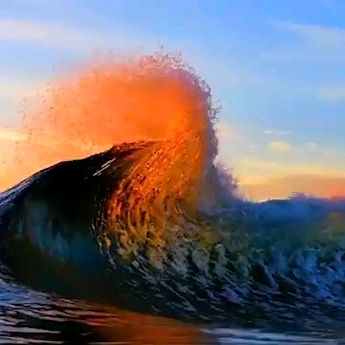 Beautiful waves colored by the sun.