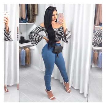 Happy Sunday babes! New Vlog on my channel! Link in bio. 🤗💙 #fashionblogger Styling this top & bottoms from @fashionnova Use code ✨xoxomaria✨for $$ off. #fashionnova #novababe #outfipost
