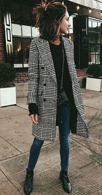 Street style | Checkered coat | Autumn | Winter | Inspiration | More on Fashionchick