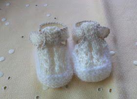 8c25feed9 ZAPATITOS DE BEBÉ DE PRIMERA POSTURA DE LANA BEIGE Material Lana de bebé  color beige Angora