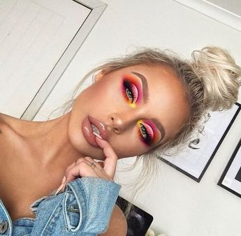 38 Prom Makeup Ideas for Women 2019 - Number 21 Is Absolutely Stunning
