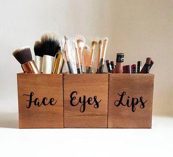 Makeup Brush Set,Makeup Brush Holder Cup,Makeup Storage,Makeup Organizer,makeup brush organizer,wood makeup brush holder,face eyes,vanity