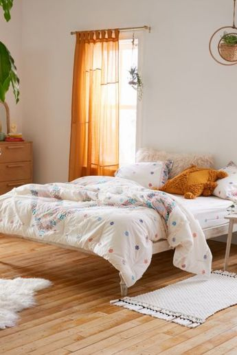 Urban Outfitters Alessandra Comforter Snooze Set