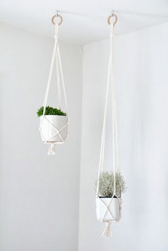 16 macrame diy plant hanger tutorials hanging pots