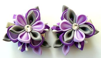 Kanzashi Fabric Flowers. Set of 2 hair clips. Purple and grey