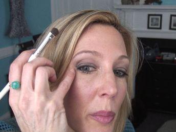 Smokey Eye Tutorial For Women Over 50 With Hooded Crepey Eyelids + OOTD - YouTube