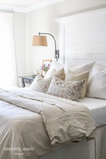 DIY Farmhouse Planked Headboard