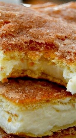 The Best and Easiest Sopapilla Cheesecake Bars                                                                                                                                                     More #EasyDesserts
