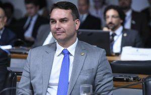 Flávio Bolsonaro diz que não se pode colocar um petista na PGR