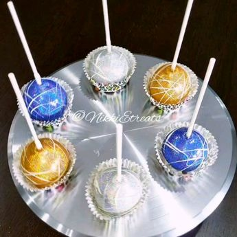 """Blue, Gold & Silver Bling Cakepops x @darealnikkie  Song """"wasted time"""" x @theweeknd  #NikkiEtreats #blingberries #Diva #candyapples #cakepops  #sweets  #poundcake #chocolatecoveredstrawberries #chocolatestrawberries #chocolatestrawberry #chocolate #strawberry #infusedstrawberries #infused #chocolatehighheels #chocolatehighheelshoes  #chocolatehighheelshoe #atlanta #atlart #atlantaart #atlstrawberries  #atlsweets #nowthatsludicrous #PHS #Phoebus #Phantoms #757 #Hampton  #BlueAndGold"""