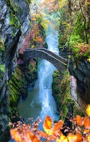 23 Extraordinary Destinations in America