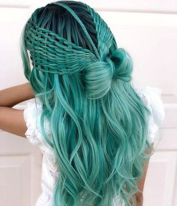 81 Most Gorgeous Mermaid Hairstyle Design and Hair Color for Prom and Halloween Party