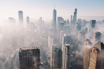 Foggy Chicago Skyline [2000x1333]
