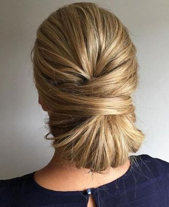 20 Easy Professional Hairstyles for Women  #haircuts #hairstyles #mediumhair #Updo