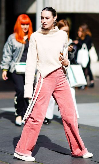 Fashion Girls Are Swapping Jeans for These Unlikely Trousers