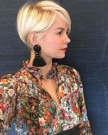 60+ Best Pixie Cut 2019 Pixie cut is a hot and popular hairstyle for women. It has plenty of .No matter how old are you, pixie always became the best