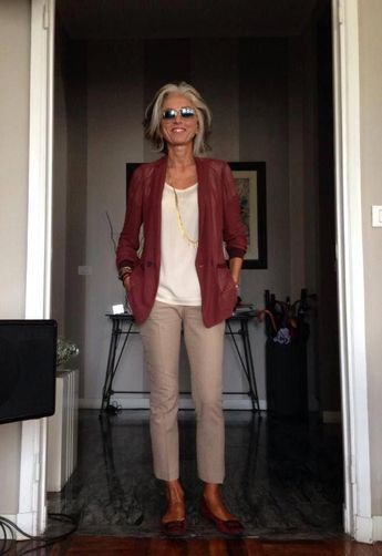 fashion trends for womens over 50! 703619 #fashiontrendsforwomensover50 #womensfashionforover5050style #womensfashionover50aginggracefully