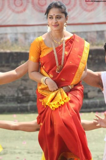 Archana Veda Hot In Backless Saree Blouse Photos South Indi