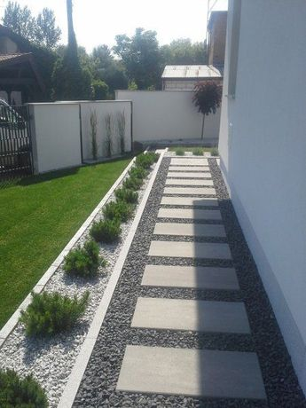 47 Best Farmhouse Side Yard Decor and Design Idea -