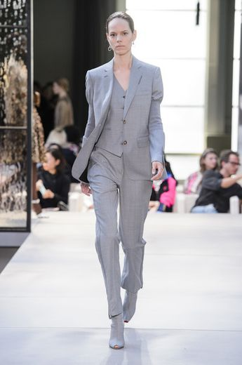 Burberry Prorsum Spring 2019 Runway Pictures