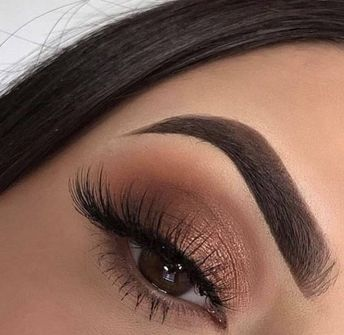 60 Best Eye-catching Beautiful Glitter Eye Makeup Inspirational Idea For Prom - Page 49 of 63