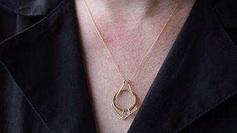 Deco Magic Ring Holder Necklace