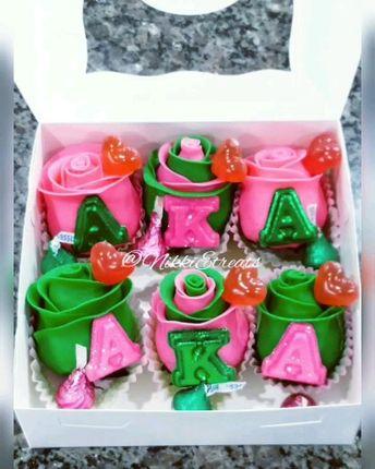 "@akasorority1908 ""A.K.A."" Themed Strawberries x @darealnikkie   #NikkiEtreats #blingberries #Diva #aka1908 #skeewee #alphakappaalpha #alphakappaalphasororityinc #chocolatecoveredstrawberries #chocolatestrawberries #chocolatestrawberry #chocolate #strawberry #infusedstrawberries #infused #chocolateheels  #highheels  #highheelshoes #chocolatehighheel #chocolatehighheels #chocolatehighheelshoes  #chocolatehighheelshoe #atlanta #atlart #atlantaart #atlstrawberries  #nowthatsludicrous"
