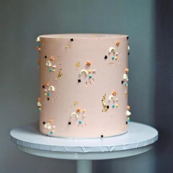 Wedding cakes, you have to try the truly sweet display number 4164119861 today. #bigweddingcakeswithflowers