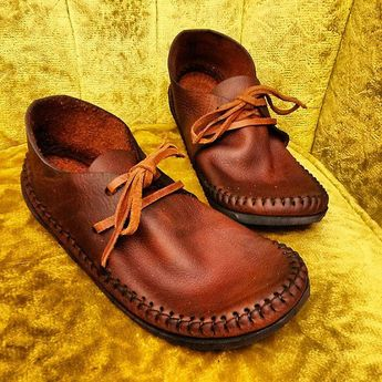 NEW! Sneakasin Moccasin Hand Stitched Lightweight Cowhide Leather Upper With A Durable Flexible VIBRAM Sole Everyday Mens Womens Moccasins