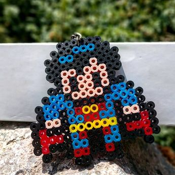 Checa este increíble diseño de: ¡Superman! . Precio: $35 . . . #PixelizaTuVida #diy #diycrafts #diyart #craft #pixelart #cool #good #pretty #ideas #creative #doityourself#gift #giftideas #gifts #hammabeads #art #creative #superman #dc #fly #super #superheroes #dccomics