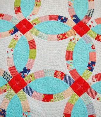 Antique Double Wedding Ring Quilt Finished And Quilted By