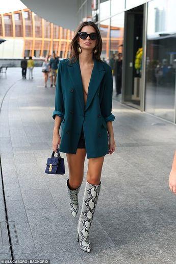 Emily Ratajkowski goes braless during Milan Fashion Week