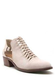4d78de626efbf5 Qupid Shoes Desmond Banded Slide in Black and White DESMOND