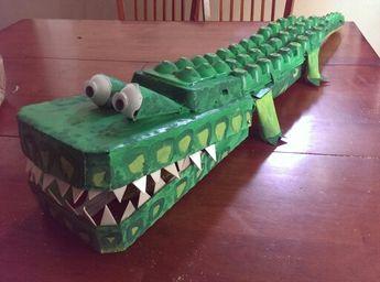 Weird Animald VBS egg carton/cardboard alligator