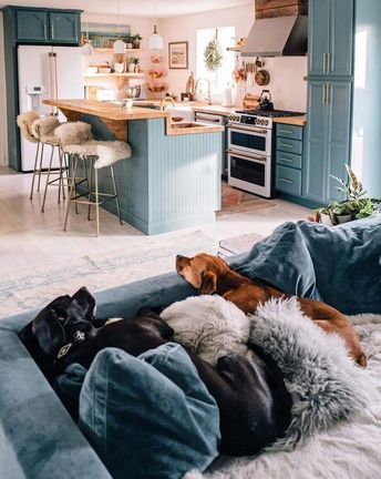 Small Space Squad Home Tour: Jess Ann Kirby