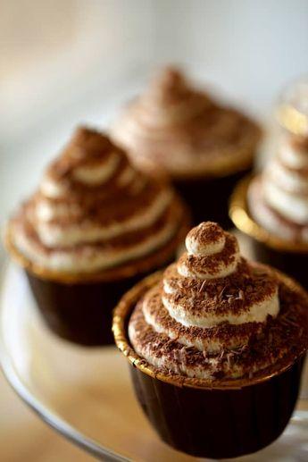 The BEST Tiramisu Cupcakes