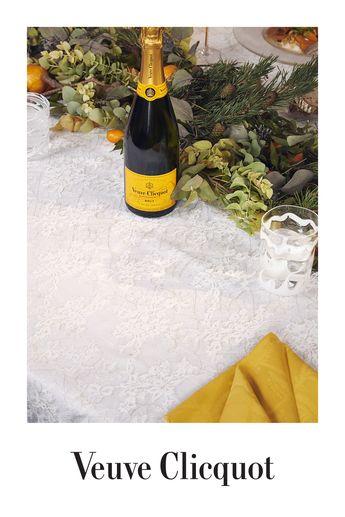 Champagne Veuve Clicquot Brut Carte Jaune, l'expression du style de la Maison Veuve Clicquot. L'abus d'alcool est dangereux pour la santé.