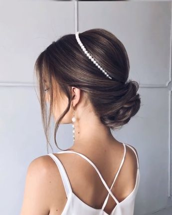 Here's the key point. Your hair is long or short, you know that each model will look very stylish. But you have to decide on a single model and it is very worrying to know that. All you need to do is to determine all the models in your mind, give yourself time for the special day and do hair rehearsals before the wedding. #hairstyle #haircut #haircolor #weddinghair #hairtips #hairtutorials #bridalhair #hairdesign